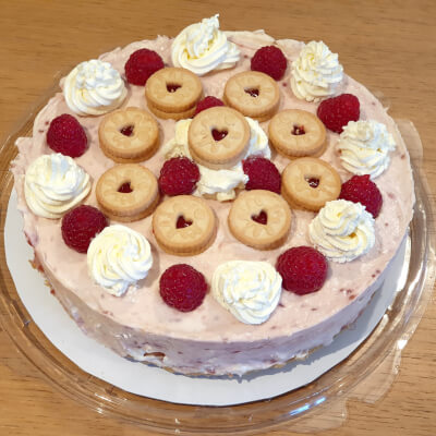 Jammie Dodger Raspberry Swirl Cheesecake (Whole)