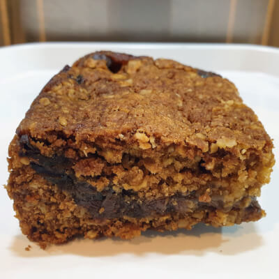 Apple, Date & Oat Slice