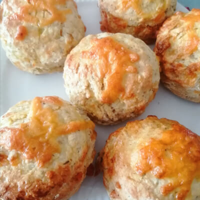Large Cheddar  & Thyme Savoury  Scones