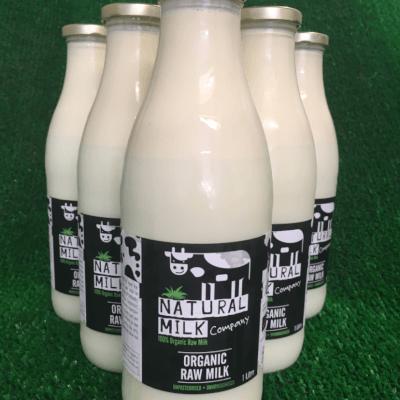 Organic Raw Milk In 1 Litre Glass Bottle