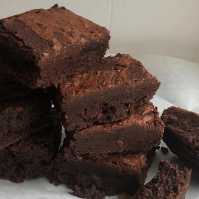 Rye Chocolate Brownies  (Box Of 4)