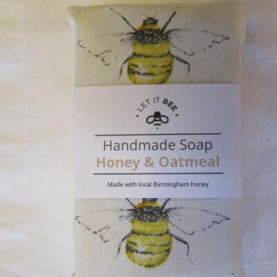 Large Honey & Oat Soap 125G