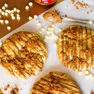 Biscoff Lotus Stuffed Cookies