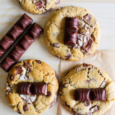 Kinder Bueno Stuffed Cookies