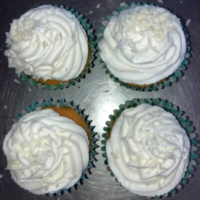 Gluten Free Vanilla Cupcakes With Lime Buttercream Topped With Coconut 4Pk