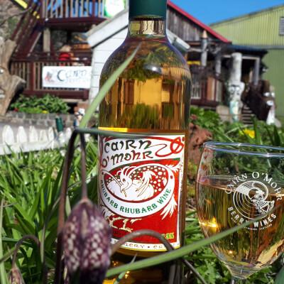 Cairn O Mohr Rhubarb Wine 75Cl