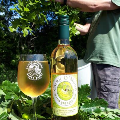 Cairn O Mohr Spring Oak Leaf Wine 75Cl