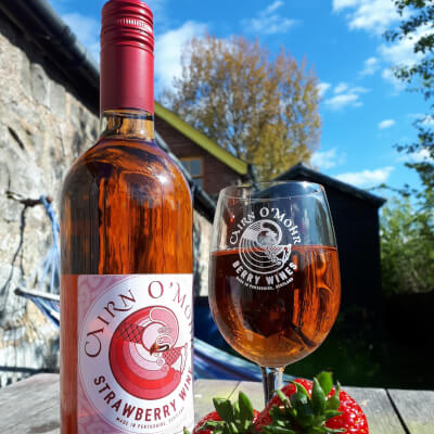 Cairn O Mohr Strawberry Wine 75Cl