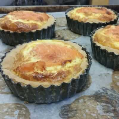 Smoked Salmon And Red Onion Quiche