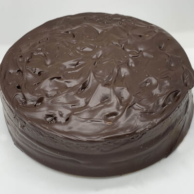 Luxury American Chocolate Créme Cake - 6 Portions