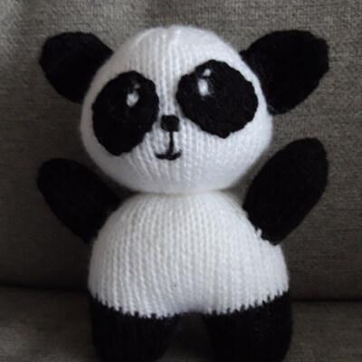 Knitted Panda