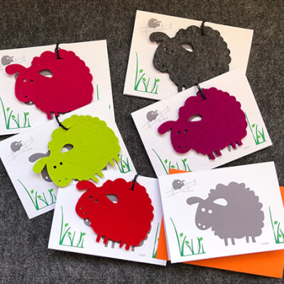 Warm Woolie Hello - A Flock Of 5 Cards - Each With 1 Coaster