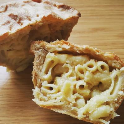 Mac & Cheeze Pie