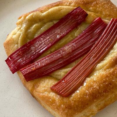 Rhubarb & Custard Danish