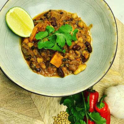 Smokey Mixed Bean & Veggie Chilli (Vegan & Gluten Free)