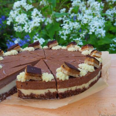 Triple Chocolate Raw Cake