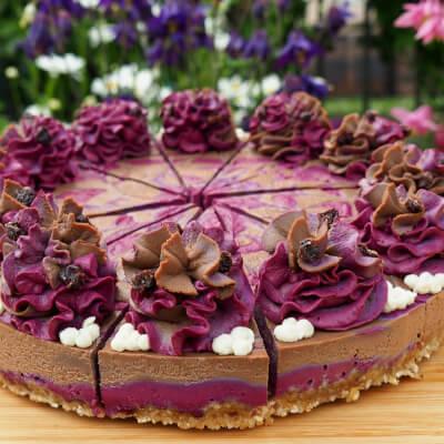 Blackcurrant & Chocolate Raw Cake