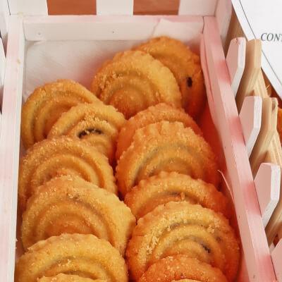 Maamoul Tayta Georgette (Dates Cookies)- Lebanese