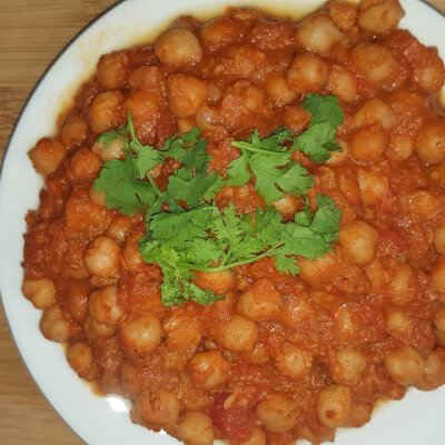 Chickpea Curry With Coconut (Vegan)