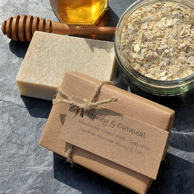Honey & Oatmeal Goats' Milk Soap Bar