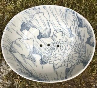 E Handmade Ceramic Soap Dish