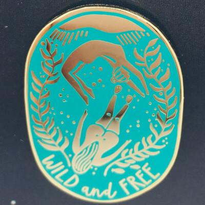 Swimmers Enamelled Badge