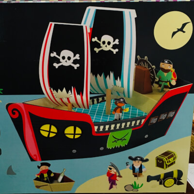 Pirate Ship With 3D Figures