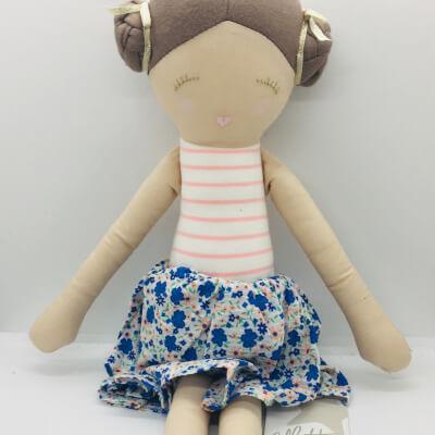 Old Fashioned Cloth Doll