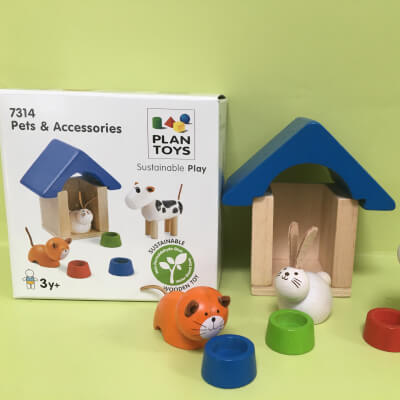 Plan Toys Pets And Accessories Set