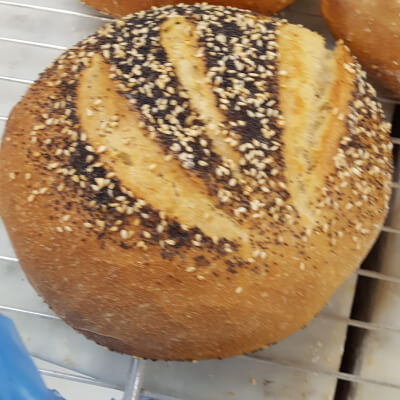 WHITE SEEDED SOURDOUGH