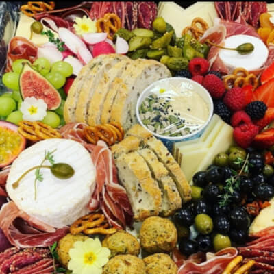 Nutrilicious Dips And Nibbles Box