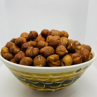 Hazelnuts (Roman)