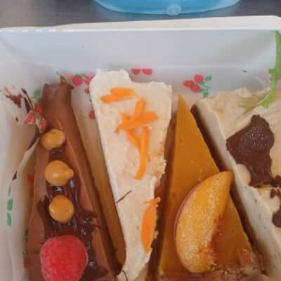 4 Slice Variety Box