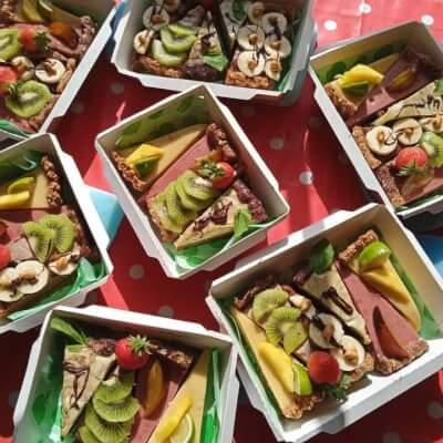 12 Slice Variety Box