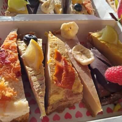 6 Slice Vegan Variety Box