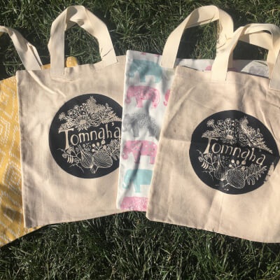 Tomnah'a Recycled Shopping Bags