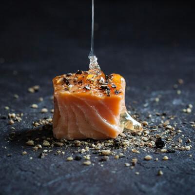 Burren Hot Smoked Irish Organic Salmon With Honey, Lemon & Pepper