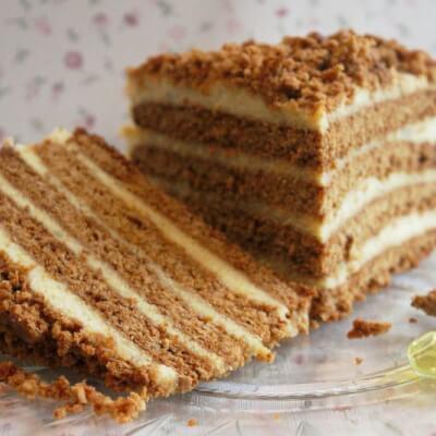 Layered Honey Cake / Miodownik