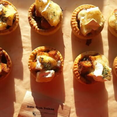 4X Buttery Shortcrust Tartlets With Caramelised Red Onion Marmalade And French Brie