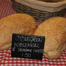 Stoneground Wholemeal With Sesame Seeds 404g