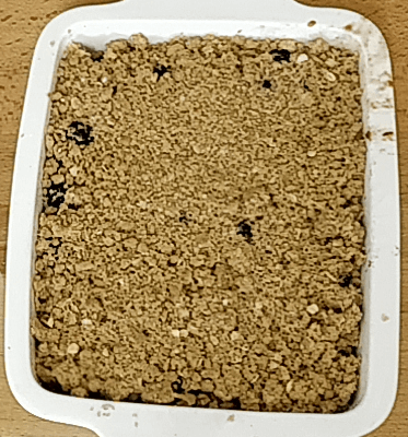 Apple And Blackberry Crumble (Serves 2 To 3)
