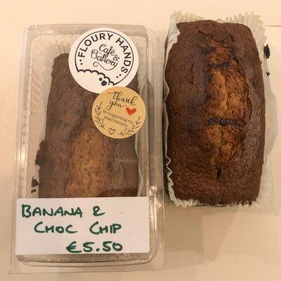 Banana And Chocolate Chip Log Cake