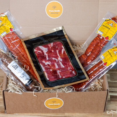 Cooking & Charcuterie Foodie Gift Box