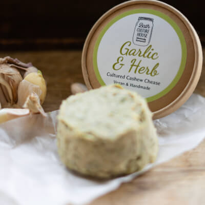 Garlic & Herb Soft Cashew Chease