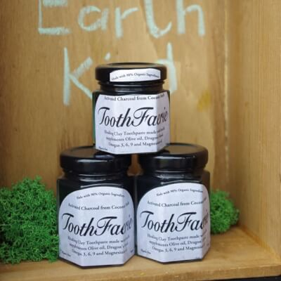 Activated Charcoal With Spearmint & Peppermint Toothfaerie Toothpaste