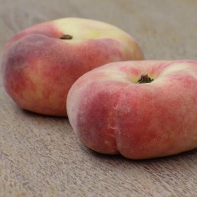 Organic Spanish Flat Peaches